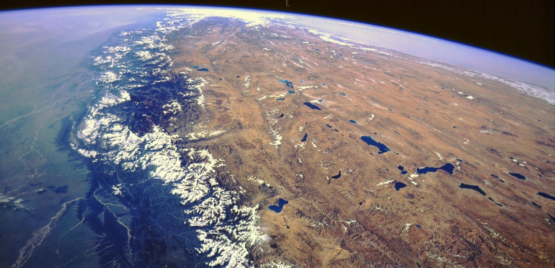Resultado de imagen para himalaya desde el espacio